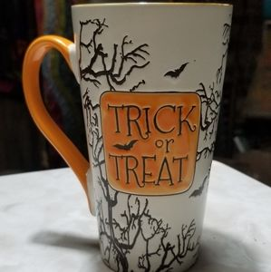 inHomestylez Trick or Treat Coffee Mug